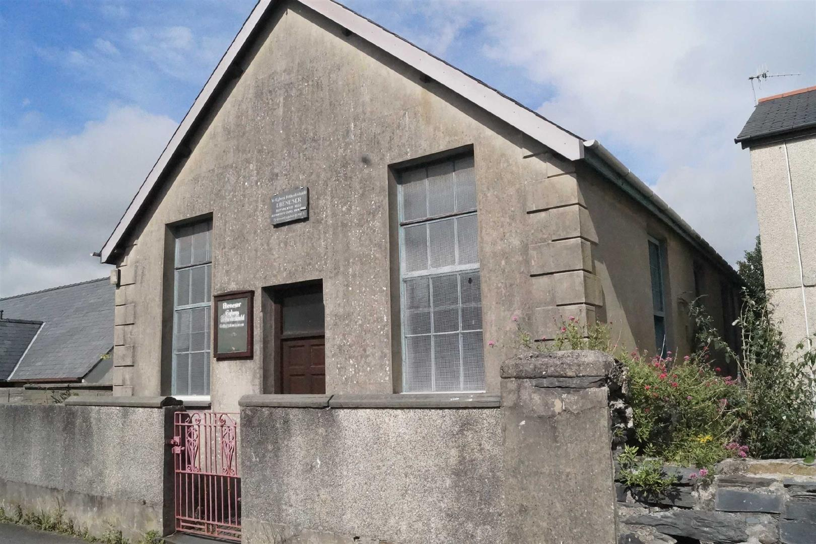 Porthmadog - £44,950/Offers over